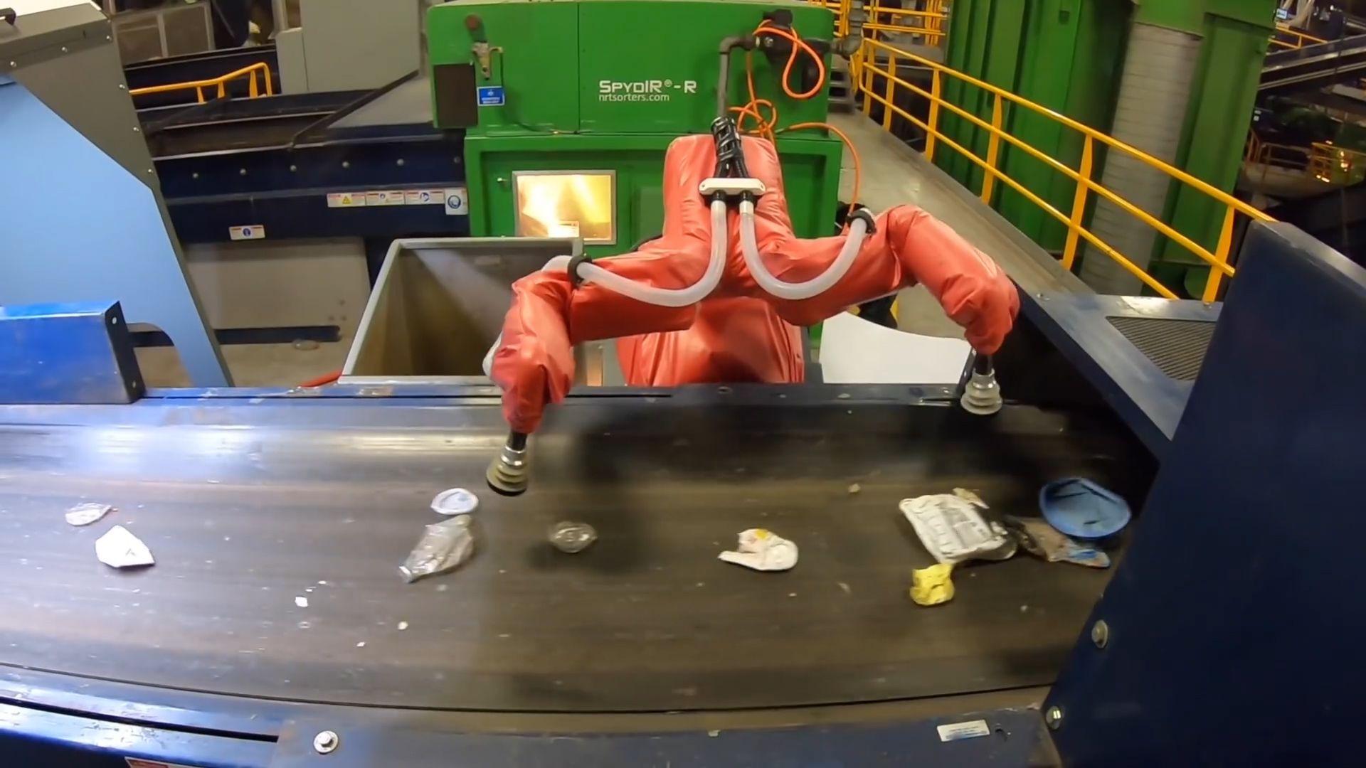 CNBC: trash seperating robot