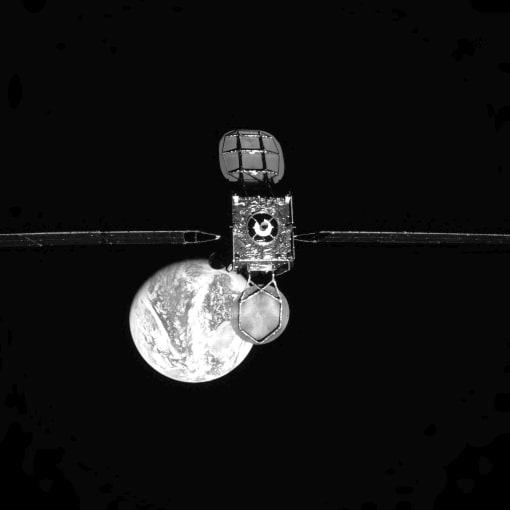 H/O: Northrop Grumman MEV-1 one 200417